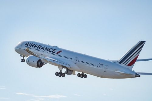 Salaires des pilotes Air France:  99 touchent plus de 300 000 euros brut par an