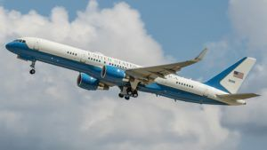 Air Force Two victime d'une collision aviaire !