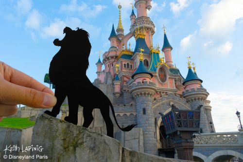 Keith Lapinig réimagine le Festival du Roi Lion et de la Jungle à Disneyland Paris !