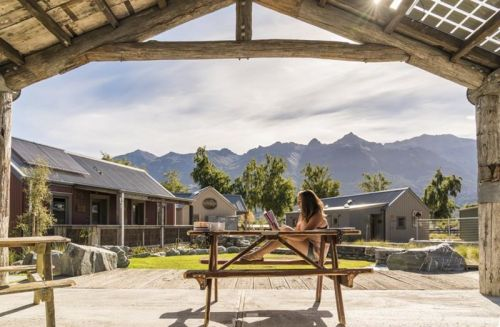 Camp Glenorchy:  camping luxe et durable